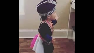 Cute Hmong baby dancing to Xy Lee