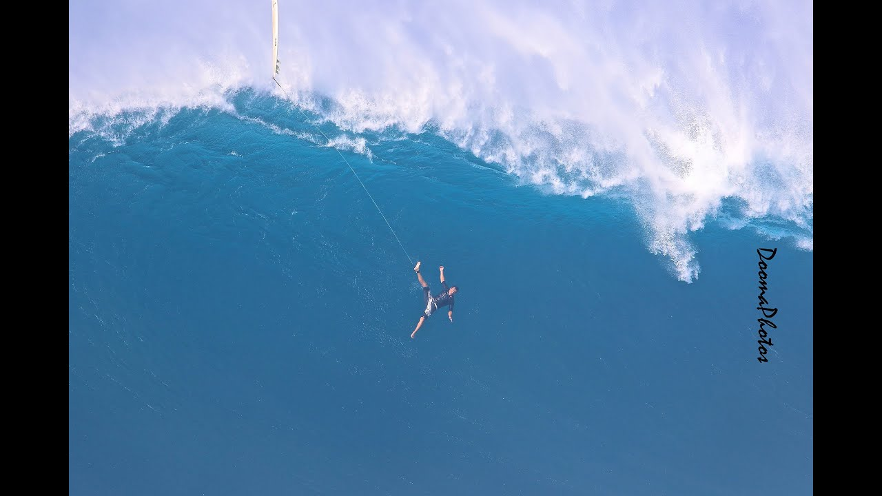 #Jaws #Peahi #Maui #BigWaveWipeouts - YouTube | 1280 x 720 jpeg 73kB