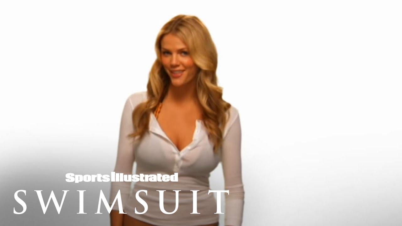 Brooklyn Decker Presents Si Swimsuit App Sports Illustrated