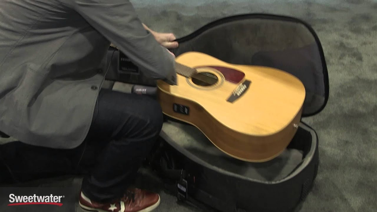 4af5312591 Winter NAMM 2016: MONO Dual-guitar Gig Bag for Electric and Acoustic ...