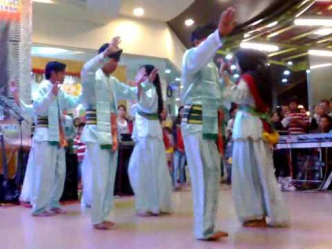 AMAZING BAJAU DANCE: INDONESIA TRADISIONAL DANCE