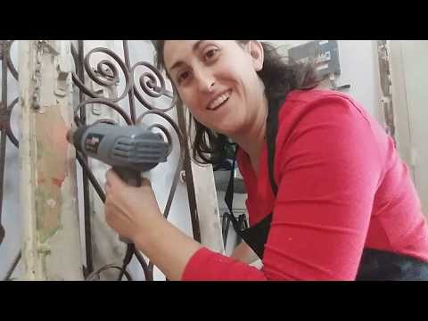 Stripping paint using a heat gun - DIY tips you need to know!