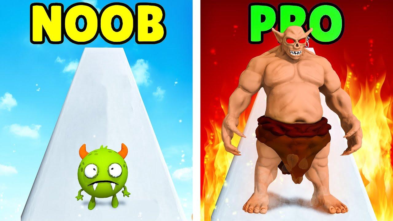 NOOB MONSTER vs. PRO MONSTER in Monster Evolution