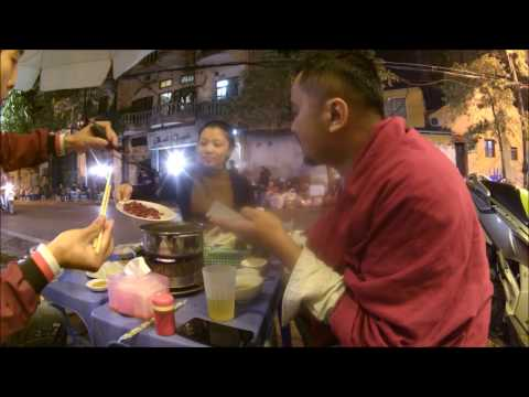 Ritual Makan Steam Boat / Hot Pot ala Vietnam Citizen