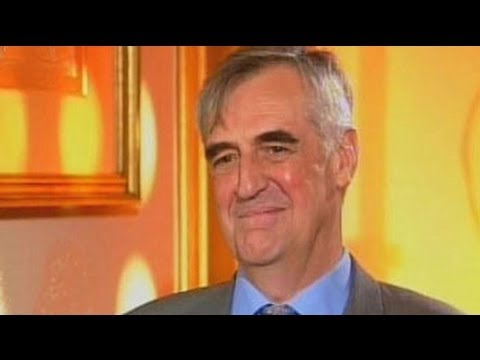 Maurice Hennessey on Louis Vuitton and Moet Hennessy merger Aired: August 2006