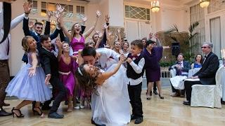 Свадебный танец + флешмоб. Петербургские жених и невеста
