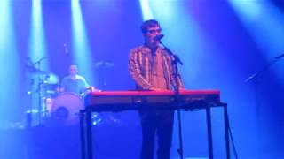 Weezer - Happy Hour (snippet live in Brussels 2017)
