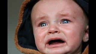 Padre maltrata a su hijo con golpe Kame Hame Ja - Misterios del Armario