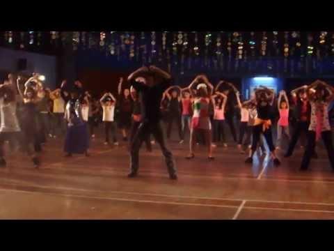 LARGER THAN LIFE  LINE DANCE SIMON WARD  WORKSHOP