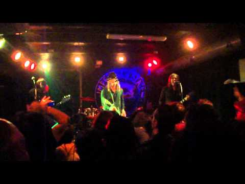 IMPERIAL STATE ELECTRIC live/Italy - ARE YOU READY (Grand Funk Railroad cover)