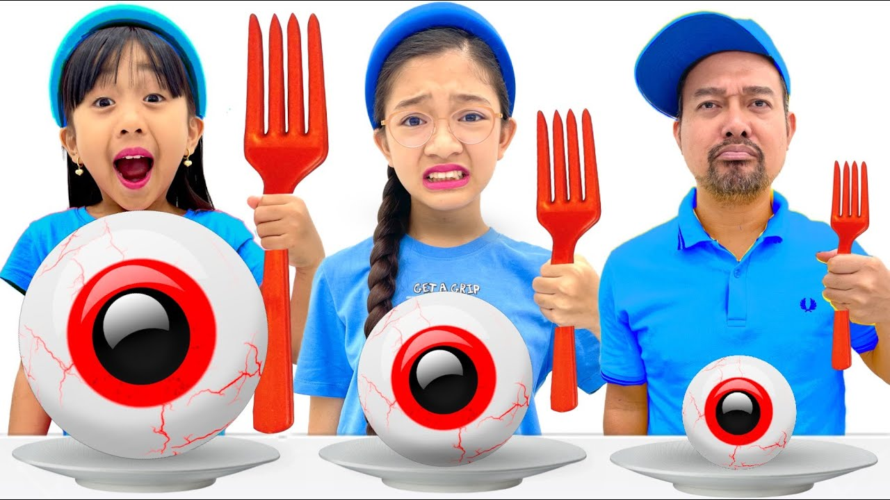 Download GIANT VS  NORMAL VS  TINY FOOD CHALLENGE | KAYCEE & RACHEL in WONDERLAND FAMILY