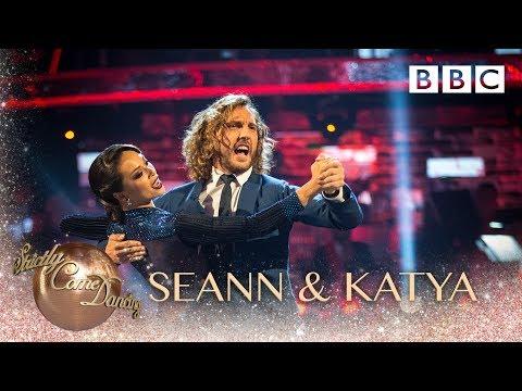 Seann Walsh & Katya Jones dance the Tango to SexyBack by Justin Timberlake - BBC Strictly 2018