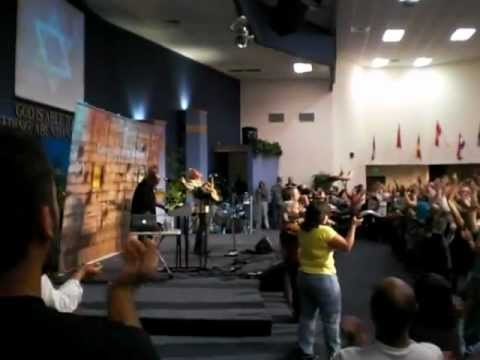 Paul Wilbur in Tacoma, El Shaddai Ministries. (Shout of joy!)