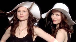 Watch Sophie Ellisbextor Off And On video