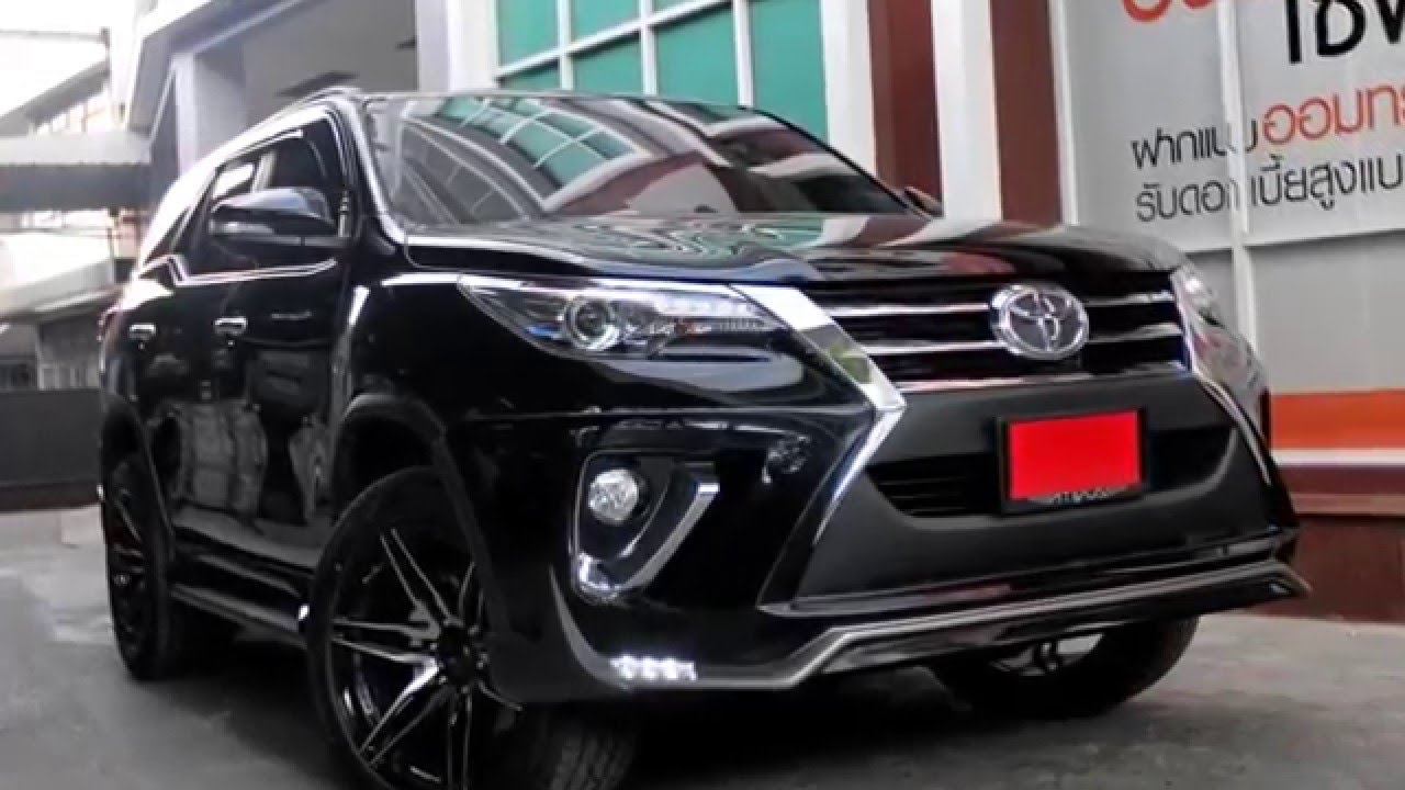 c watch compact show youtube paris motor suv toyota hr