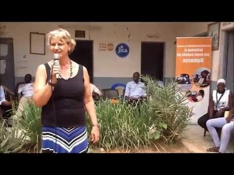 Andrea Wojnar Diagne s'adresse aux jeunes du CCA de Louga