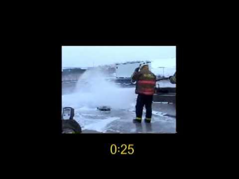 F-500 EA Quickly Extinguishes Burning Magnesium