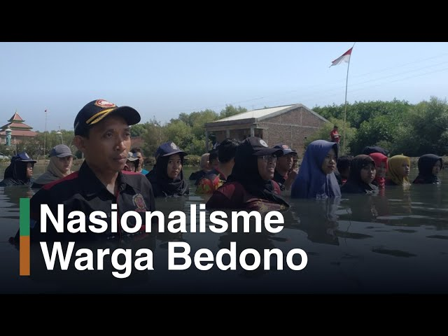TVKU: Upacara Bendera, KeSEMaT Gelar Upacara di Lumpur