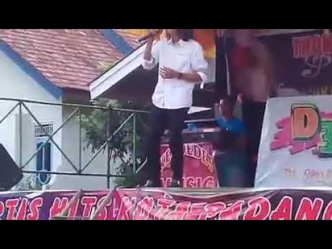 Free Download Thomas Arya - Merayu (live Taluk Kuantan Riau) Mp3 dan Mp4