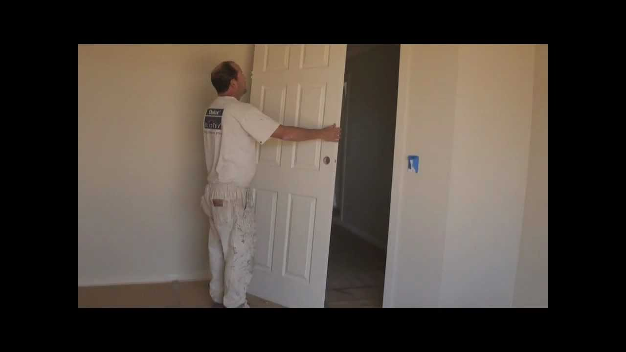 How To Take Off A Door   The Easiest Way To Remove Or Take Down An Interior  Wood Door From It Hinges