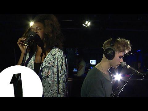 Mura Masa feat. Nao - Firefly - Radio 1's Piano Sessions