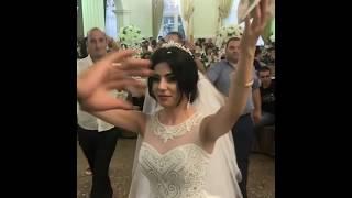 Невеста танцует и собирает деньги / Интересная свадебная традиция / Армянская свадьба 2018
