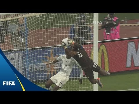 Black Stars, Aussies slug it out
