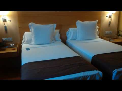 Our Room at Barcelona Airport Hotel 06072016
