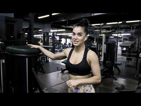 Мария Бархударова.Тренируем спинку.6 упражнений.