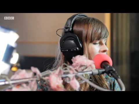 Gabrielle Aplin - Fix You (BBC Introducing Maida Vale session)