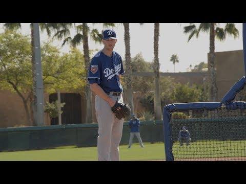Dodgers Spring Training: Alex Wood, Adam Liberatore throw live BP at Camelback Ranch