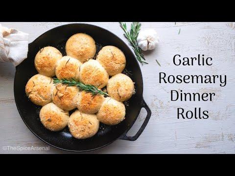 Garlic Rosemary Dinner Rolls