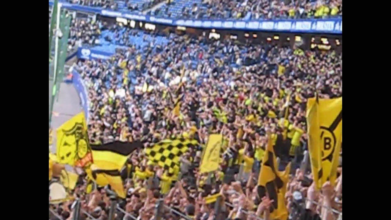 HSV - Borussia Dortmund 1:1 || Stimmung Gästeblock  ( 9.4.11 )