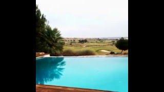 Piscina Infinity con vistas al Campo de Golf
