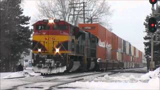 KCS Southern Belle SD70ACe with Two Shave and a Haircuts