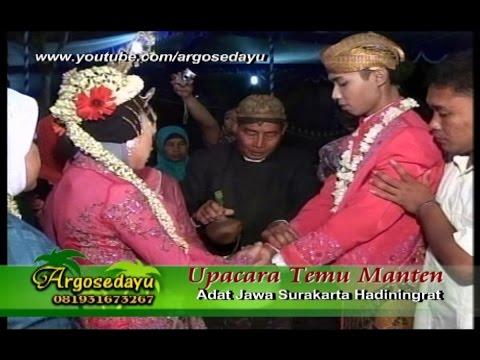 Upacara Temu Manten adat Jawa Surakarta (Jatipuro Karanganyar)