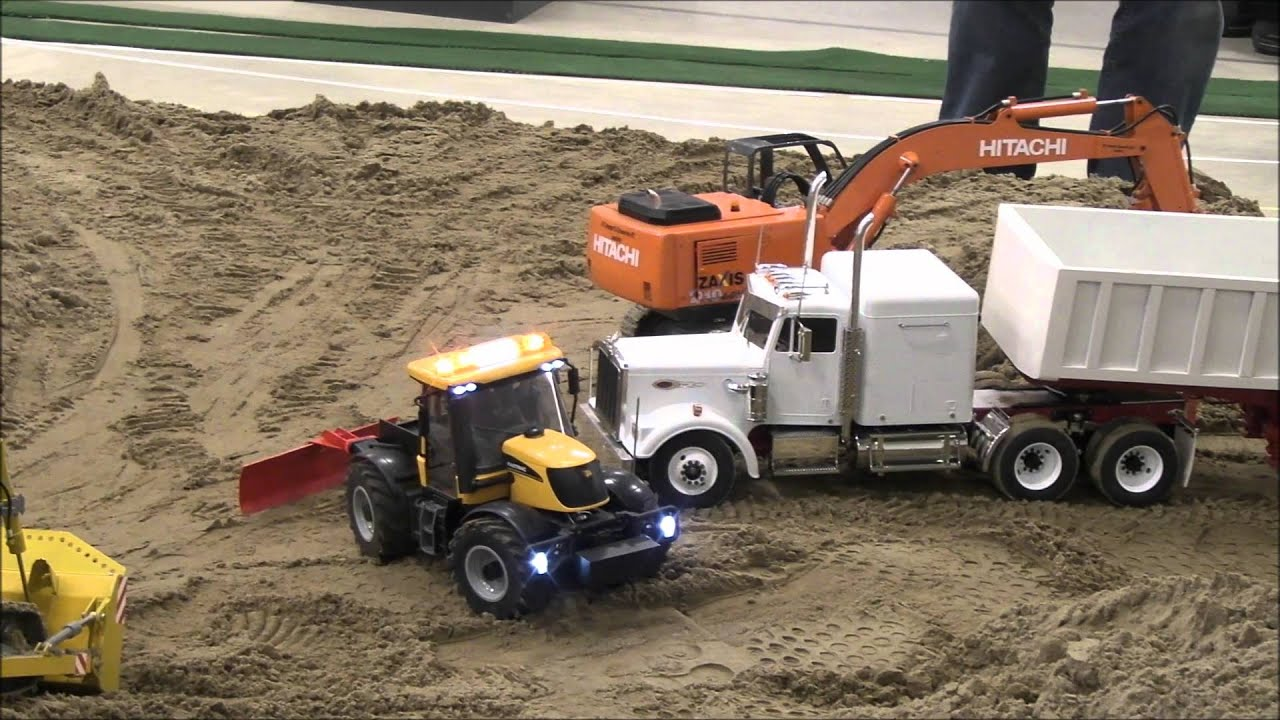 remote controlled trucks with Watch on 260194 Ft 857d Atas 120a New Install Issues moreover Watch moreover St prod furthermore Scania Zugmaschine Mit Kippsattelauflieger together with The 22 Scale Revolution 13034.