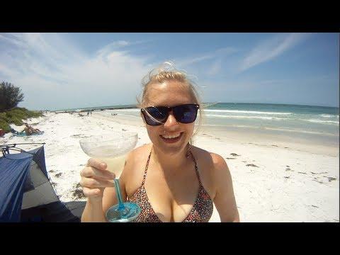 2 Teens In North Carolina Lose Limbs In Separate Shark AttacksKaynak: YouTube · Süre: 2 dakika37 saniye