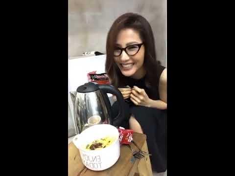 diễn viên Diễm My 9x ăn mì gói khi đi chụp ảnh phim Cô Ba Sài Gòn