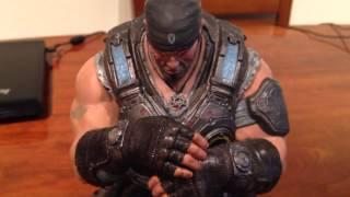 Figura Gears of War 3 Edicion coleccionista. Marcus esta en casa