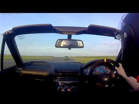 Bedford Autodrome West Circuit BMW Z3 & Mercedes A45