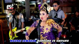Video Niken Salindry - Juragan Empang (Album Menthul Music Vol.2) ( Official Musik Video ) download MP3, 3GP, MP4, WEBM, AVI, FLV Januari 2018