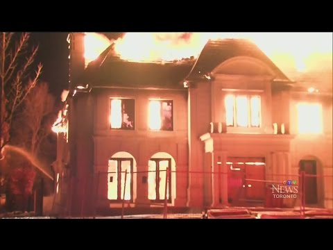 Caught on cam: $10M Toronto mansion gutted by fire