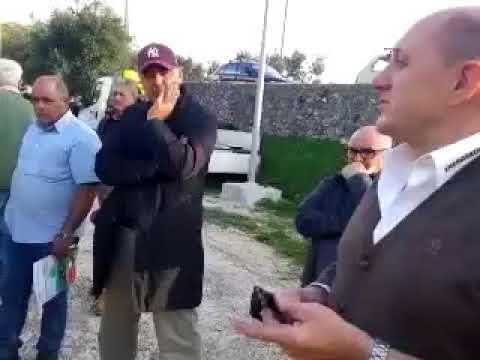 OndaRiflessaTV Report sulle macchine raccogli olive