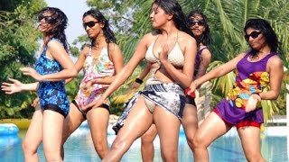 Repeat youtube video HOT Indian sleeping romance & MESSAGED TELUGU SHORT FILIM