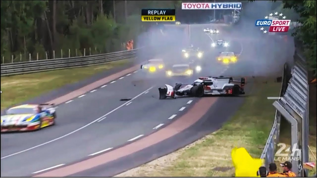 lo c duval audi r18 crash lemans 24h 2015 youtube. Black Bedroom Furniture Sets. Home Design Ideas