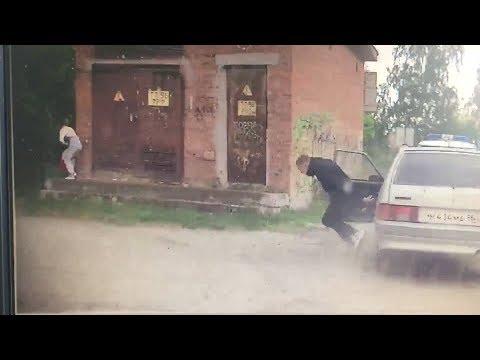 Пацан, удирая от ГАИ, на ходу выпрыгнул из болида. Real Video