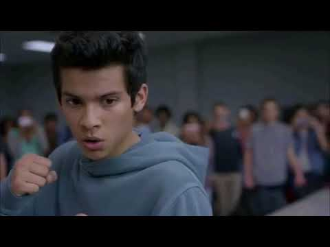 Cobra Kai : Miguel throws a beatdown to Kyler and his friends