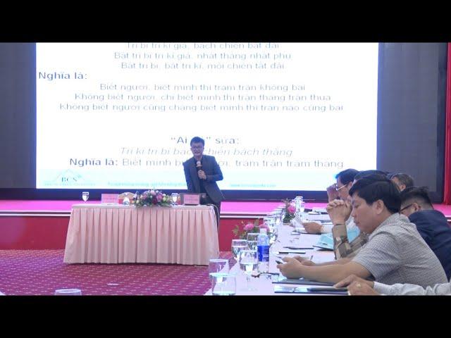 Chuyên gia Lê Ngọc Sơn, Chủ tịch BCS giảng kỹ năng xử lý khủng hoảng cho ngành Hải quan