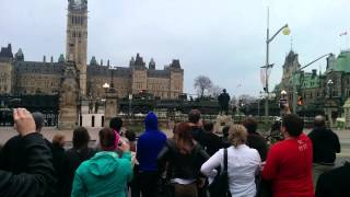 Chinook departure from Parliament loud
